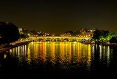 Pont Neuf en la noche Imágenes de archivo libres de regalías