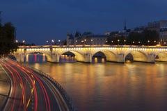Pont Neuf et Seine, Paris Photos libres de droits