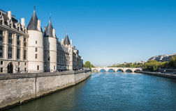 Pont Neuf over the Seine river, Paris Royalty Free Stock Photos