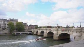 Pont Neuf, Parijs, Frankrijk stock videobeelden