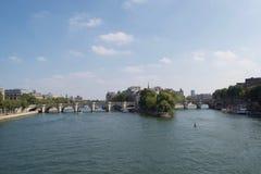 Pont Neuf, sur la rivière la Seine, Paris, France images libres de droits