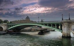 Pont Notre Dame. Fotografering för Bildbyråer