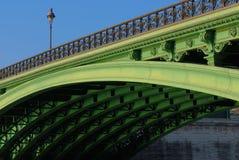 Pont Notre Dame et côté en dessous, Paris Photographie stock