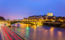 The Pont Notre-Dame and the Hotel-Dieu of Paris Stock Photography