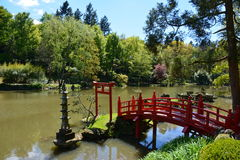 Pont oriental de parc de Maulevrier photo stock