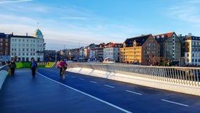 Pont piétonnier à Christianshavn à Copenhague, Danemark image stock
