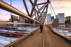 Pont piétonnier à Oslo photographie stock libre de droits