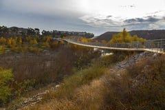 Pont piétonnier de Hodges de lac en Escondido San Diego County North Inland photos stock