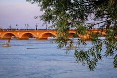 Pont Pierre przy bordami Zdjęcie Stock