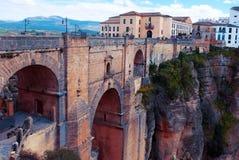 Pont Puente Nuevo dans le rondeau Images stock