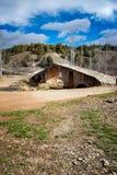 Pont romain au-dessus d'une rivière Photographie stock libre de droits