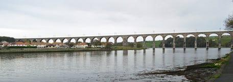 Pont royal en frontière, Berwick-Sur-tweed le Northumberland Angleterre photographie stock