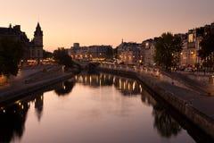 Pont Saint Michel von Paris stockbilder
