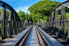 Pont sur la rivière Kwai, province de Kanchanaburi, Thaïlande Images stock