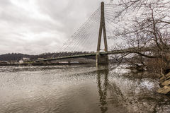 Pont suspendu Câble-resté - USA 22 - la rivière Ohio Images libres de droits