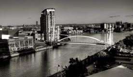 Pont suspendu de quais de Salford Photos stock