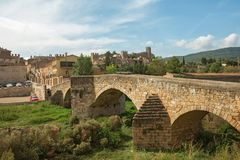 Pont Vell The Old Bridge and the fortress of Montblanc town royalty free stock photos