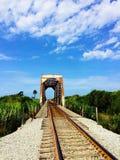 Pont Ventura Beach California en train Images libres de droits