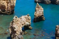Ponta da Piedade cape& x28; Lagos Algarve, Portugal& x29; Royaltyfri Fotografi