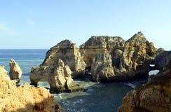 Ponta Da Piedade spektakularna rockowa formacja Zdjęcia Royalty Free