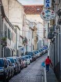 Ponta Delgada狭窄的街道  免版税库存图片