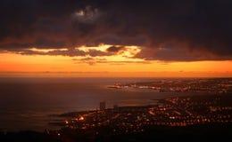 Ponta Delgada durante o Sao Miguel do por do sol, Açores, Portugal fotos de stock