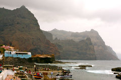 Ponta doet Sol Cliffs in Kaapverdië Stock Afbeelding