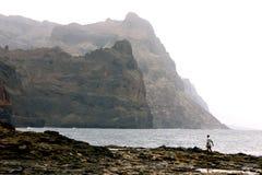 Ponta robi zol falezom w przylądku Verde Zdjęcia Royalty Free