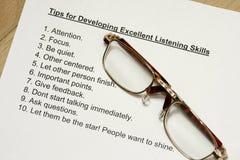 Pontas para desenvolver habilidades de escuta excelentes Foto de Stock Royalty Free
