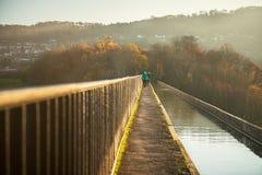 Pontcysyllteaquaduct met Llangollen-Kanaal in Wales, het UK stock foto's