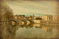 Ponte维托里奥Emanuele II,罗马,意大利 难看的东西和减速火箭的样式 免版税库存图片