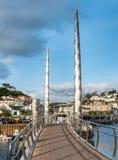 Ponte al porto interno di Torquay fotografie stock libere da diritti