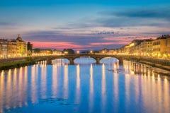 Ponte Alla Carraia et coucher du soleil Images stock