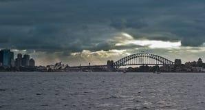 Ponte & teatro da ópera de porto de Sydney Fotografia de Stock Royalty Free