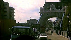Ponte archivistico della torre a Londra video d archivio