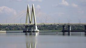 Ponte através do rio, cidade Kazan, Rússia vídeos de arquivo