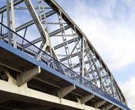 Ponte attraverso il fiume la Vistola Fotografie Stock