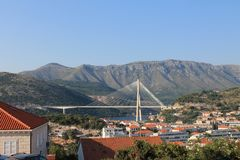 Ponte bonita na Croácia de Dubrovnik foto de stock