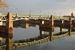 Ponte in Bordeaux ed in fiume la Garonna Fotografie Stock