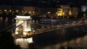Ponte a catena di Budapest stock footage