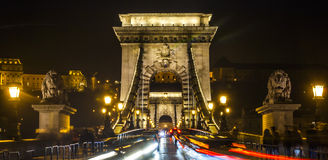 Ponte a catena di notte, Budapest, Ungheria Fotografie Stock Libere da Diritti