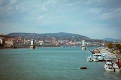 Ponte a catena di Szechenyi di Budapest Fotografia Stock Libera da Diritti