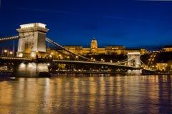 Ponte a catena e Buda Castle, Budapest, Ungheria Fotografie Stock