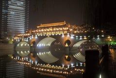 Ponte chinesa antiga Fotos de Stock Royalty Free