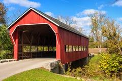 Ponte coberta da estrada traseira. Foto de Stock Royalty Free
