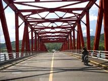 A ponte conhecida de San Juanico na província de Leyte, Filipinas imagem de stock