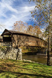 Ponte coperto a dorso d'asino, la Virginia, U.S.A. fotografia stock