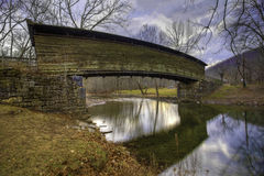 Ponte coperto a dorso d'asino nella Virginia Immagine Stock Libera da Diritti