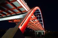 Ponte coreana Cumberland River Nashville Tennessee da avenida dos veteranos Imagem de Stock