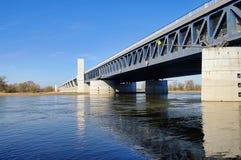 Ponte da água de Magdeburgo Fotografia de Stock Royalty Free